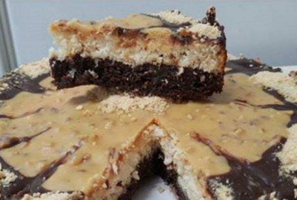 עוגת בראוניז וקוקוס