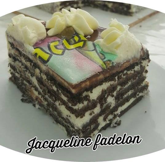 עוגת ביסקוויטים עם גבינת מסקרפונה וגבינת נפוליאון