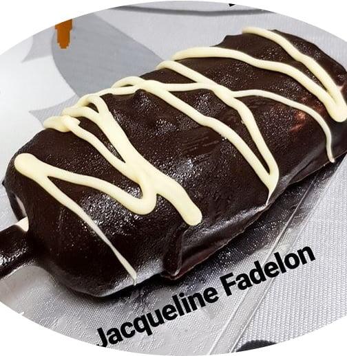 מגנום ביתי בטעם וניל בציפוי שוקולד עם שקדים מקורמלים