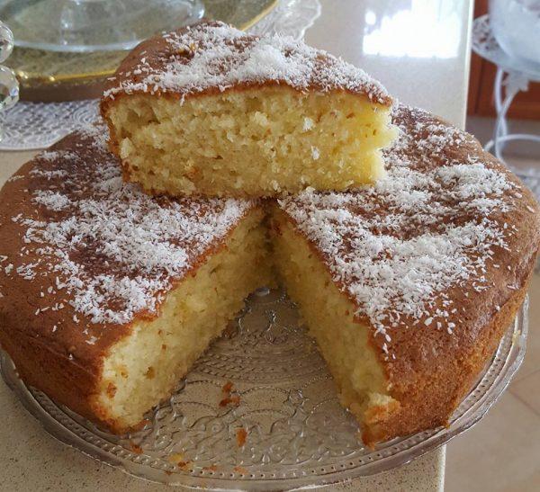 עוגת וניל , שקדים וקוקוס כשרה לפסח