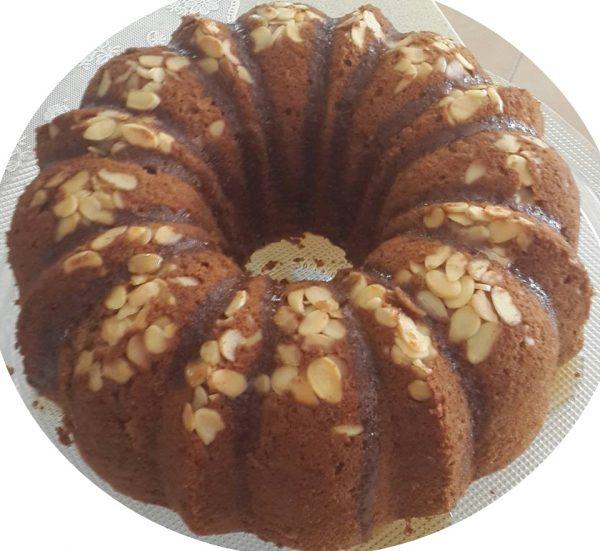 עוגת דבש קפה ושקדים