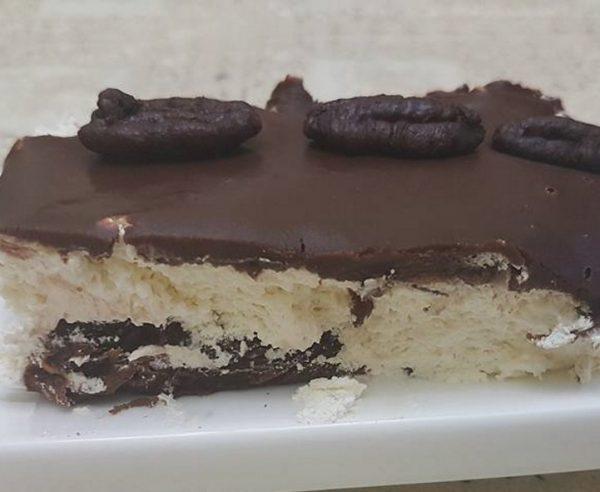 מוס בשכבות… עוגה שלא מפסיקים לישר