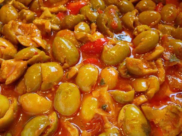תבשיל זיתים מבושלים