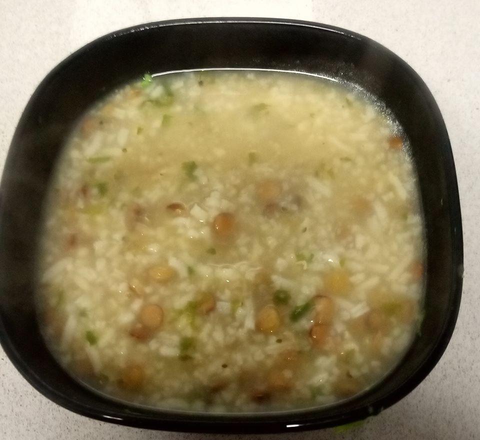 מרק עדשים ואורז