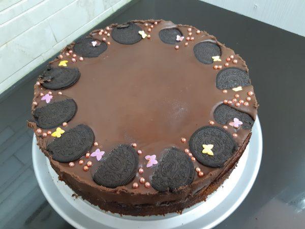 עוגת תמרים ושוקולד