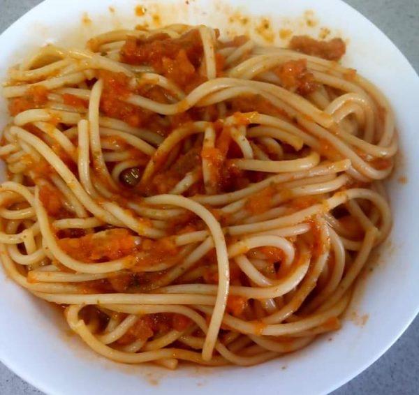 פסטה  עגבניות וסלק