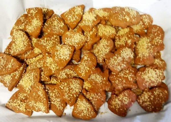עוגיות קפה בציפוי שקדים