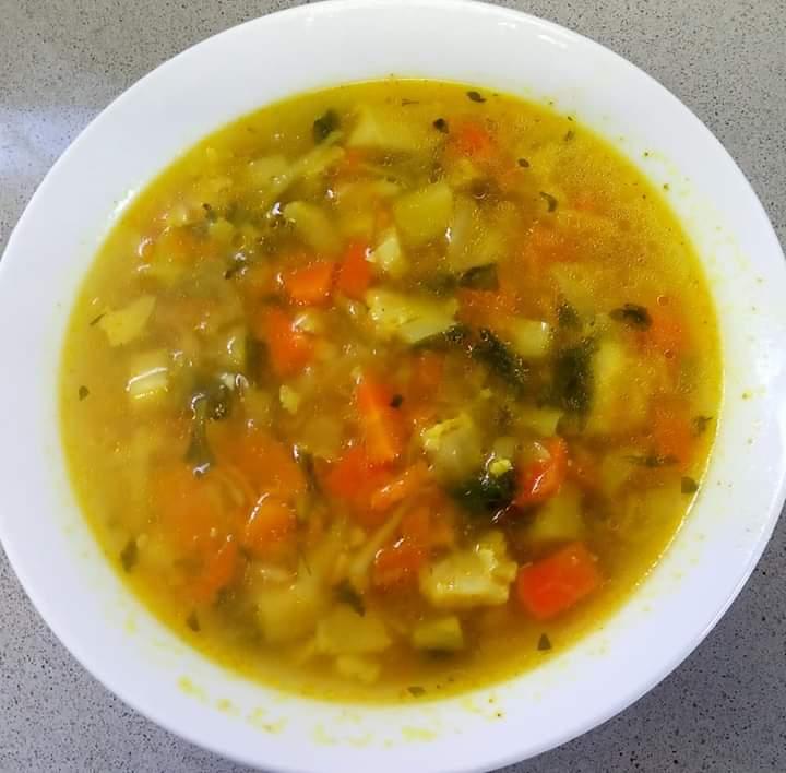 מרק ירקות מזין