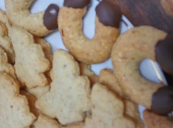 עוגיות שקדים פריכות וטעימות