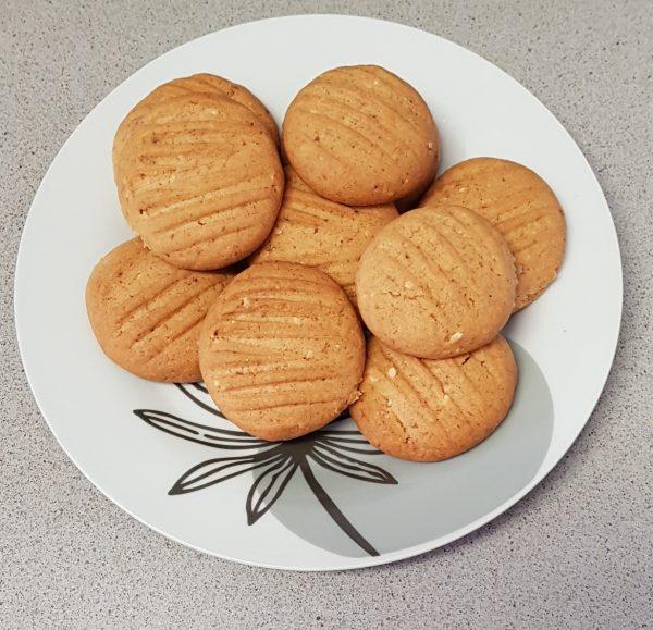 עוגיות שקדים קפה וקינמון