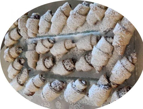 עוגיות מבצק פריך ממולאות בממרח תמרים וקינמון_נורית יונה