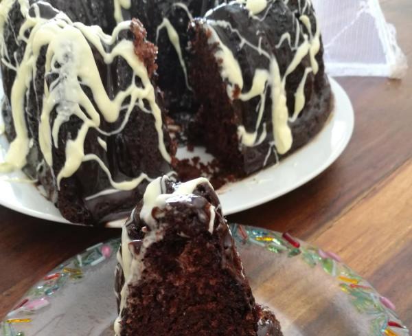 עוגת שוקולד עם קוקוס