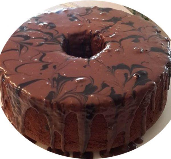 עוגת שוקולד בציפוי גנאש חלב