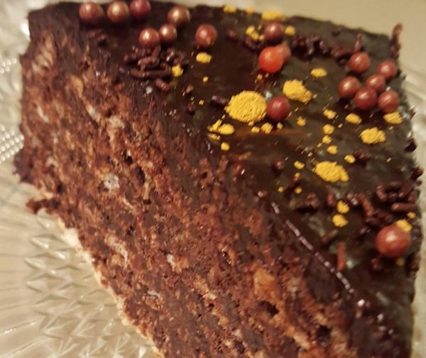 עוגת וופלים שוקולד מריר וחלבה