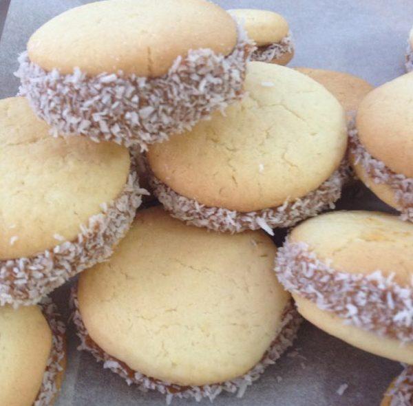 עוגיות אלפחורס_מתכון של שרה יוסף