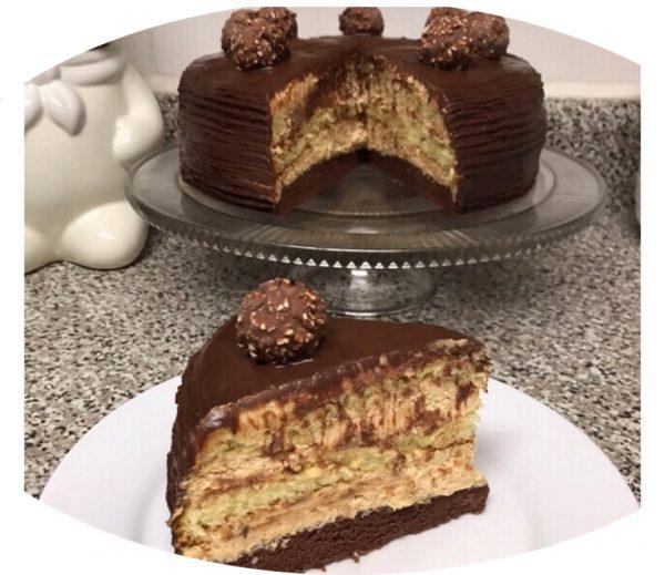 עוגת שוקולד וניל קרם נס קפה ריבת חלב גנאש