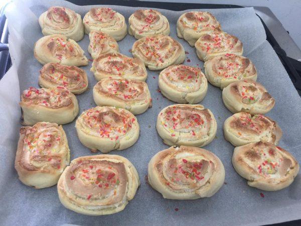 עוגיות שושנים_מתכון של אסתר-אתי כראדי