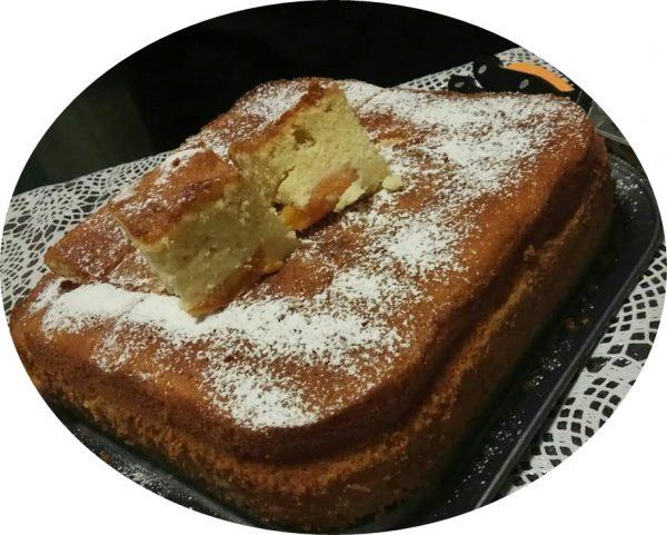 עוגת וניל עם מישמשים