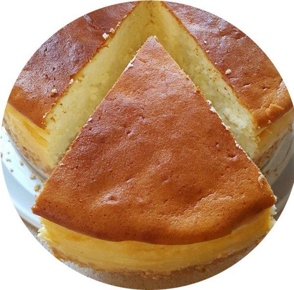 עוגת גבינה ללא קישוטים