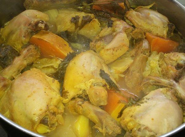 קוסקוס עם עוף ושאר ירקות