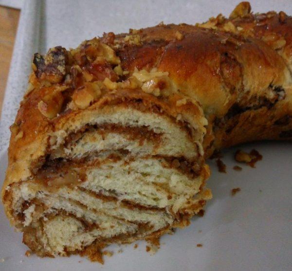 עוגת שמרים עם אגוזים_מתכון של שרה יוסף
