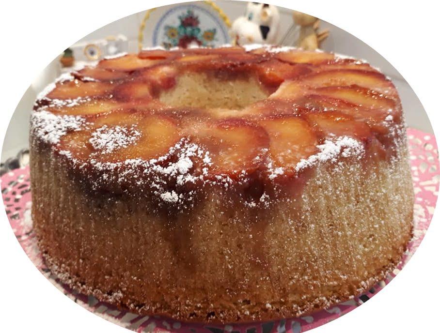 עוגת וניל עם פרי הפוכה