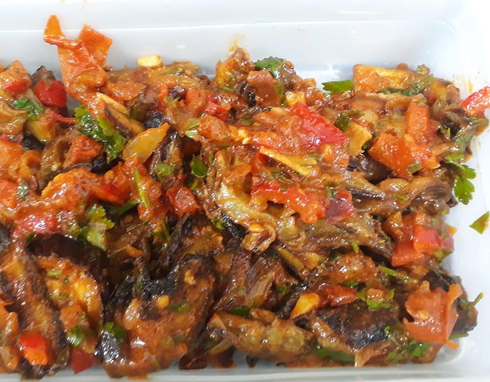 סלט חצילים פיקנטי…טעים ביותר😋😋😋