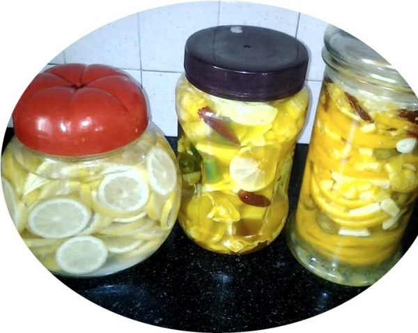 חמוצים ברגע – לימון ותפוז כבוש