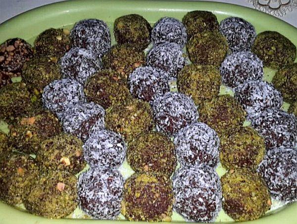 כדורי שוקולד עם טחינה ואגוזים