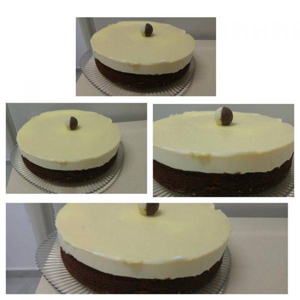 עוגה בציפוי שוקולד לבן
