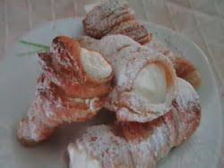 עוגות קרמשניט קונוסים