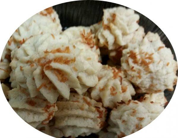 עוגיות קוקוס בזילוף