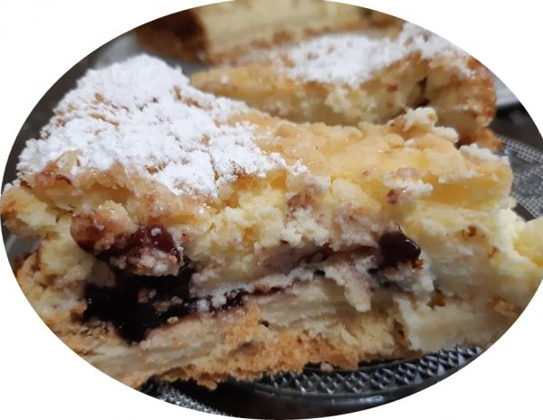 עוגת גבינה אפויה עם מלית אוכמניות
