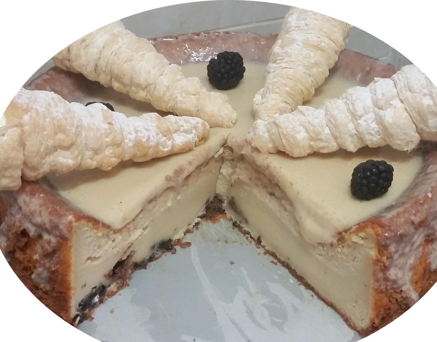 עוגת גבינה, קפה במילוי שוקולד טובלרון