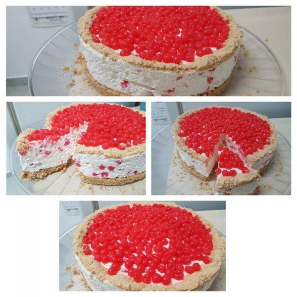 עוגת גבינה קרה עם כדורי ג'ל (פופינג )