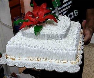 עוגת יום הולדת או כל אירוע משמח