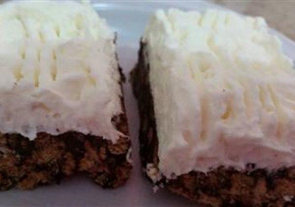 עוגת כדורי שוקולד וקצפת
