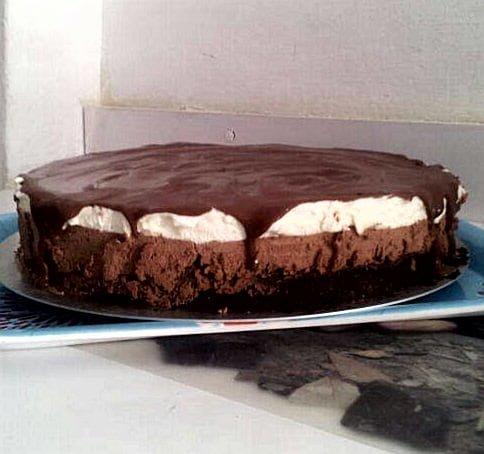 עוגת מוס שוקלד לבן מריר