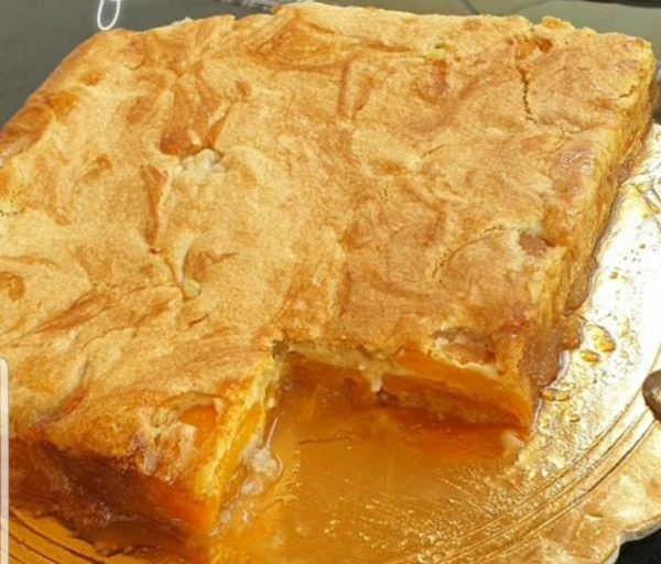 עוגת משמש עם % 80 פרי