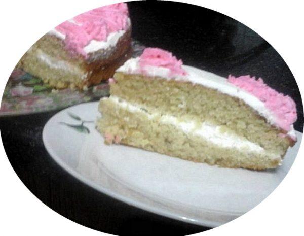 עוגת סולת וקרם וניל טעימה במיוחד