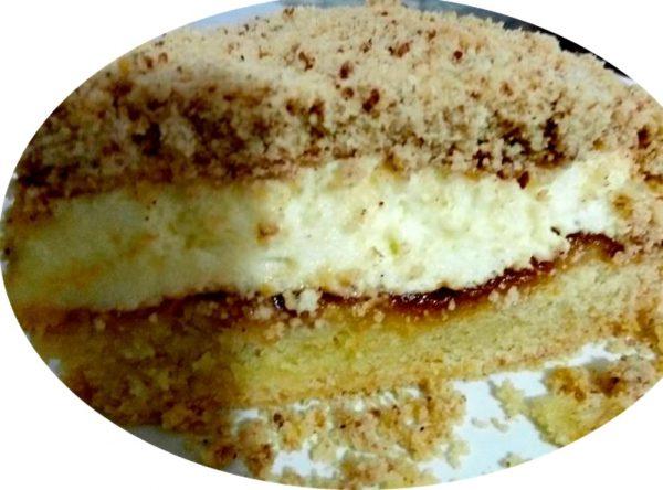 עוגת פירורים וריבה מובחרת