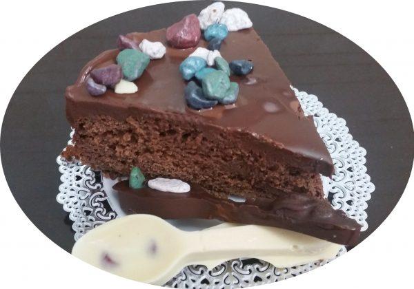 עוגת, פרג , חלב מרוכז ושוקולד