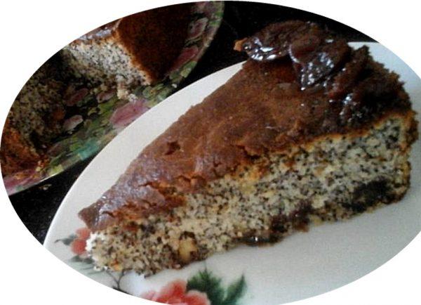 עוגת פרג אגוזים וריבת ענבים