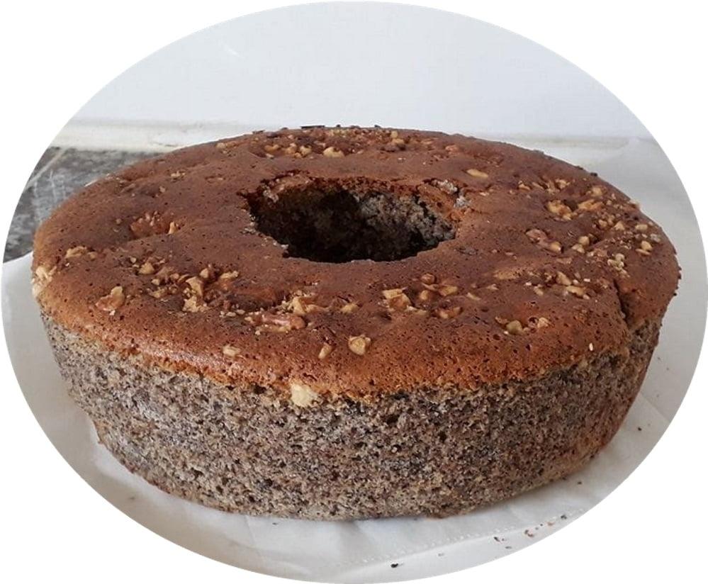 עוגת פרג עסיסית במיוחד