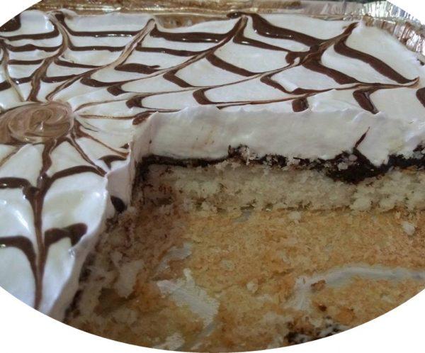 עוגת קוקוס משולבת לפסח