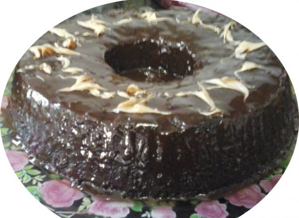 עוגת שוקולד אגוזים וקרם שוקולד נוגט
