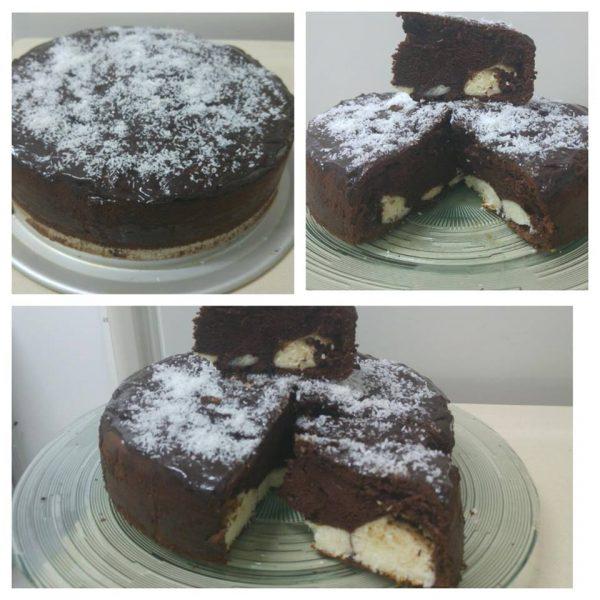 עוגת שוקולד עם כדורי קוקוס וגבינת טובורג