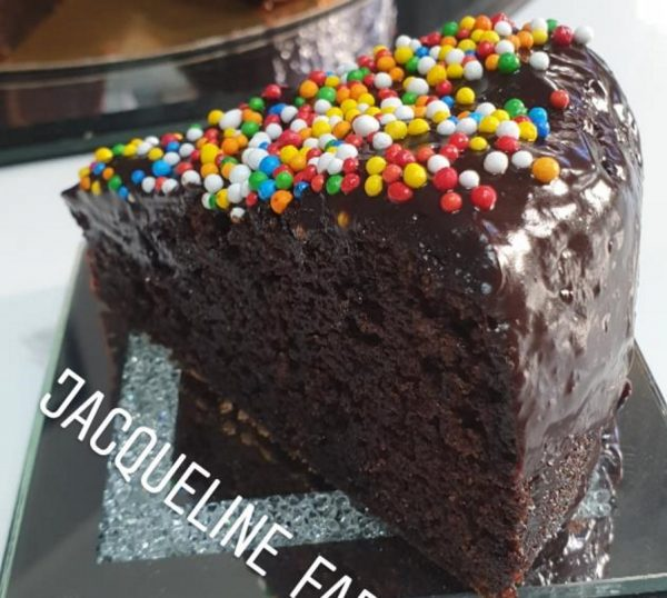 עוגת שוקולד פרווה