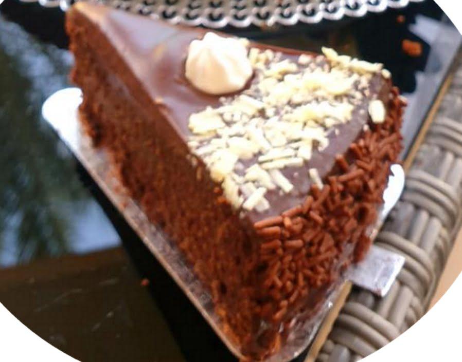 עוגת שוקולד שכולה שוקולד