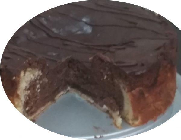 עוגת שיש, תפוחים, גבינה ושוקולד